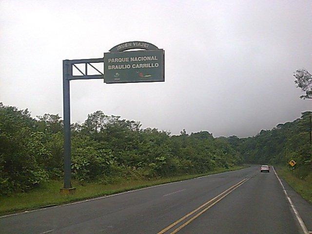 https://ekaenlinea.com/wp-content/uploads/2014/02/Carretera_San_José_-_Limón_Costa_Rica.jpg