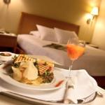 Feria ofrece más de 500 empleos en Hotelería, Turismo y Gastronomía