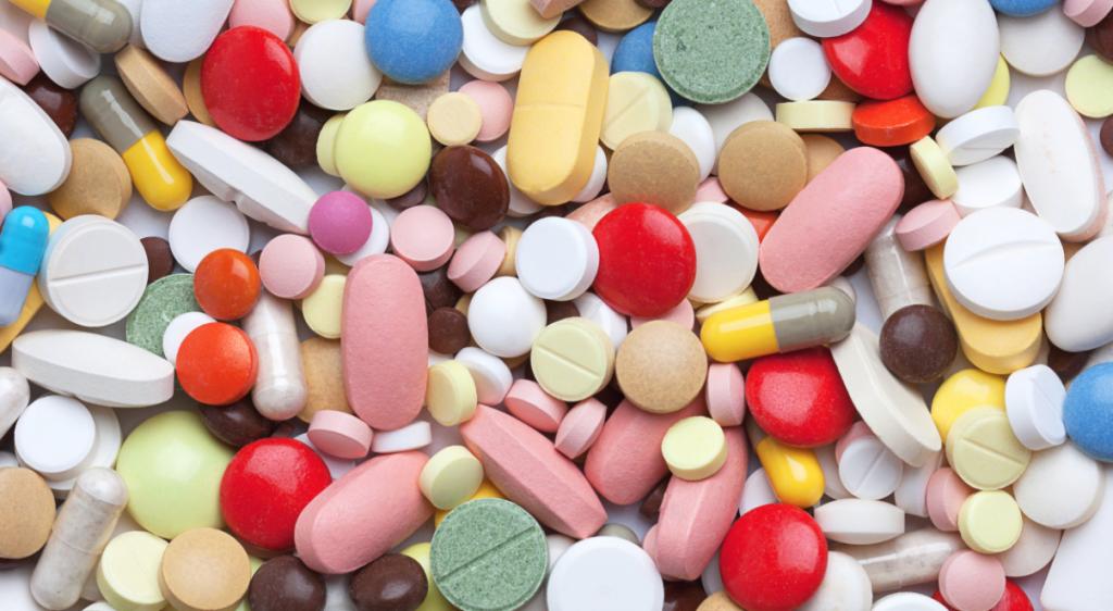 https://ekaenlinea.com/wp-content/uploads/2015/10/Medicamentos-1024x562.png