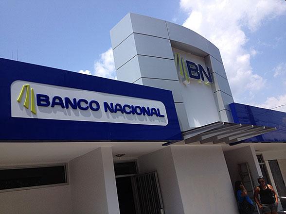 Revista eka banco nacional inici apertura de cuentas for Banco espirito santo oficinas