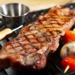 Evite estos 5 errores comunes al cocinar carne de res