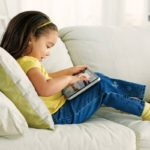 ¿Cómo evitar que niños accedan a videos inapropiados en YouTube?