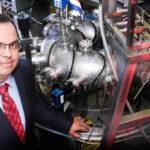Tico entre los 28 mejores científicos del mundo en fusión nuclear