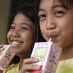 Tetra Pak desarrollará pajillas de papel para sus envases individuales de cartón