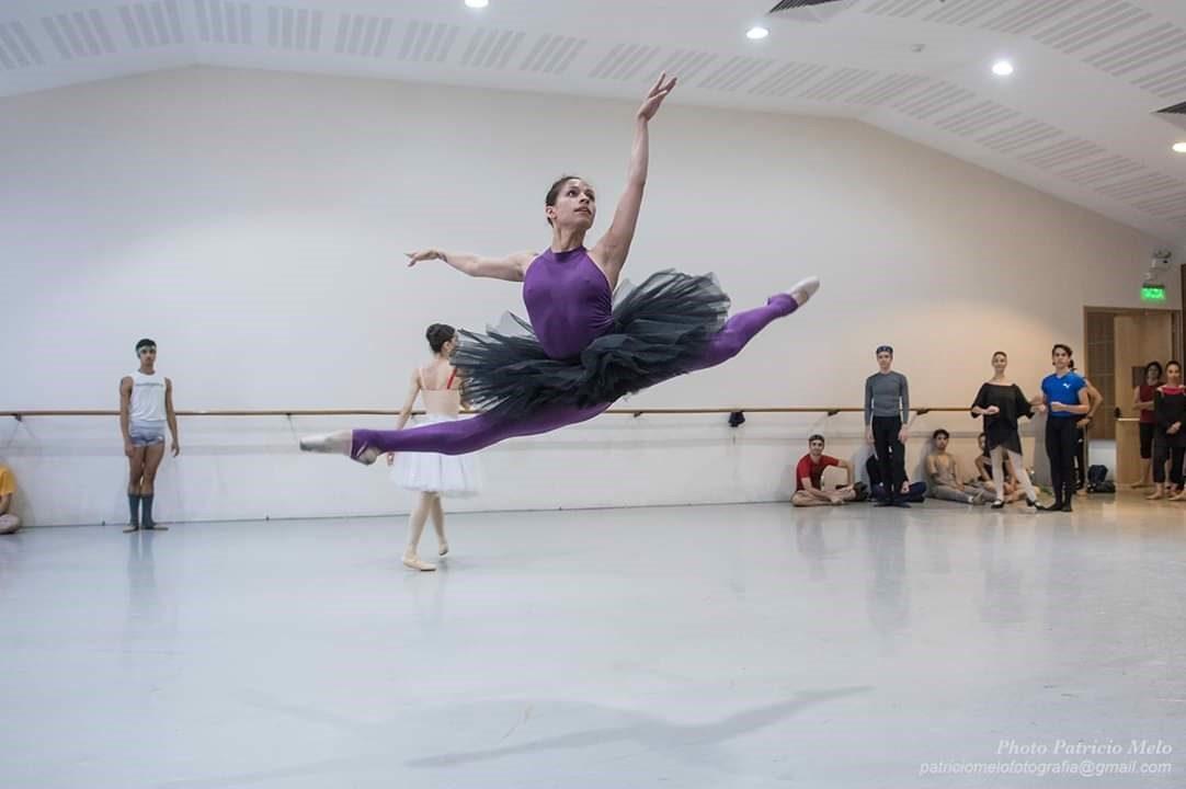 https://www.ekaenlinea.com/wp-content/uploads/2019/05/Ballet-de-Santiago-1082x720.jpg