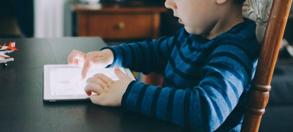 https://ekaenlinea.com/wp-content/uploads/2019/06/habilidades-para-niños-del-mañana-1024x463.jpg