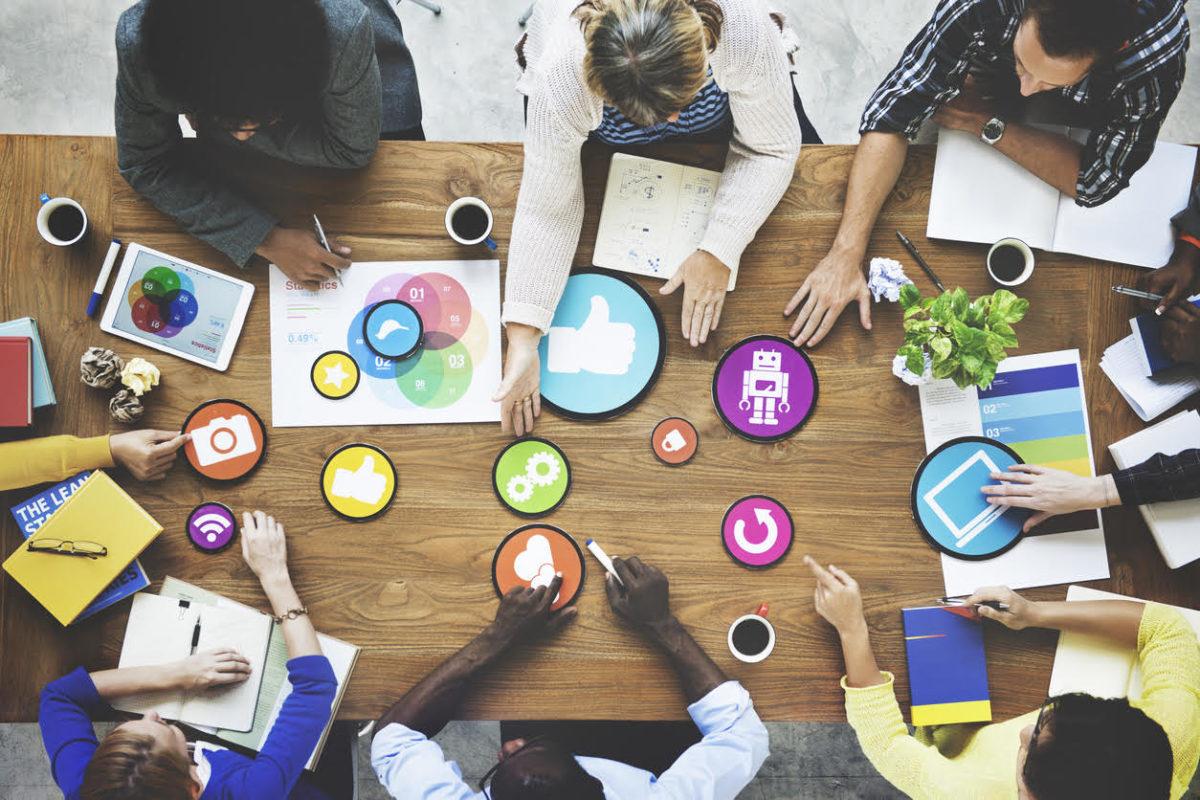 Redes sociales atraen a 4 de cada 10 aspirantes a puestos de trabajo