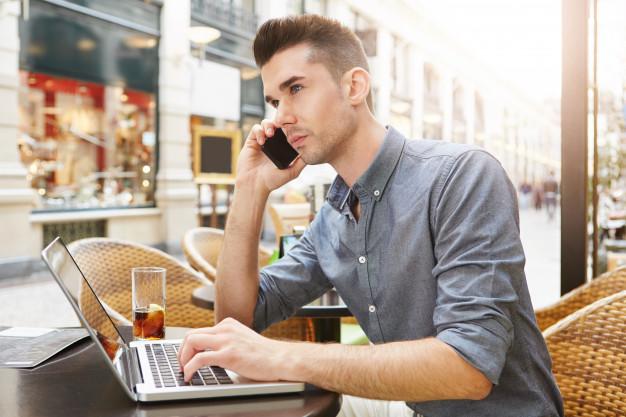 Si se va a conectar a una red wifi desconocida, hágalo de forma segura