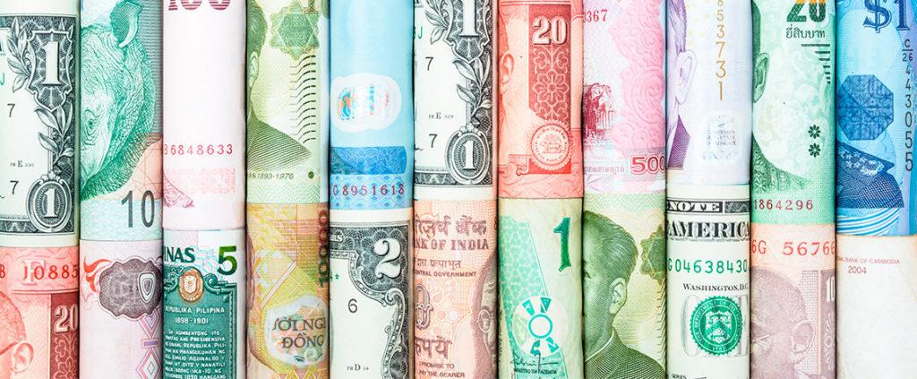 Más de 120 monedas del mundo para intercambio y transferencias