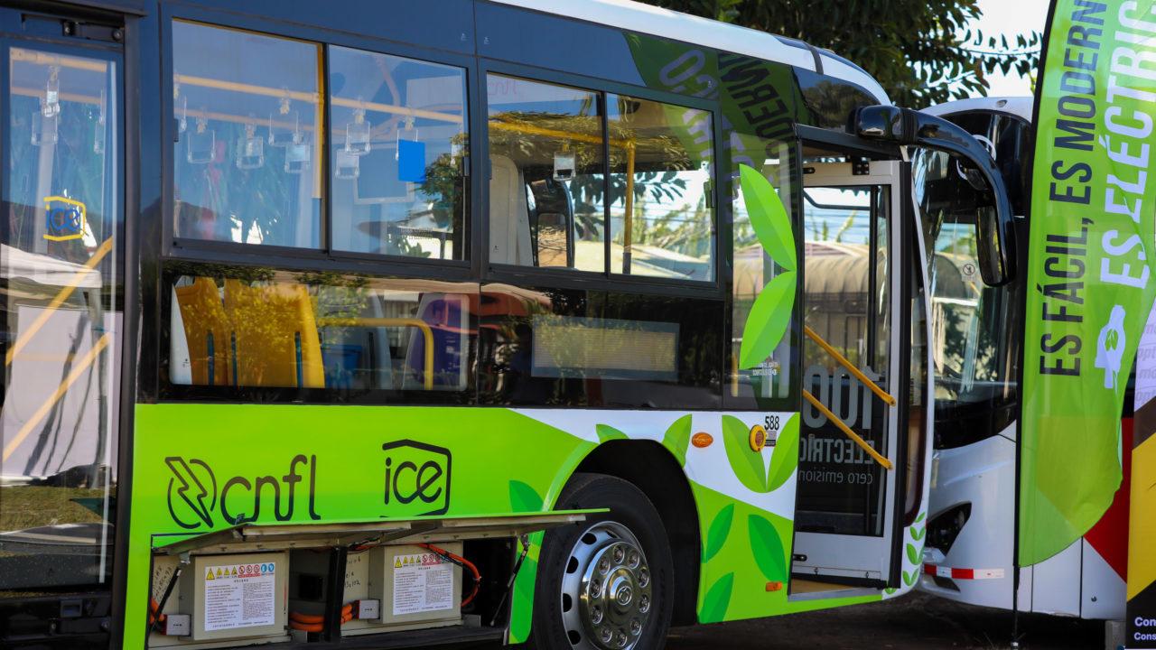 https://ekaenlinea.com/wp-content/uploads/2020/03/Buses-Eléctricos_Primera-Dama-Claudia-Dobles_Foto-Julieth-Méndez_05-03-2020-21-1280x720.jpg