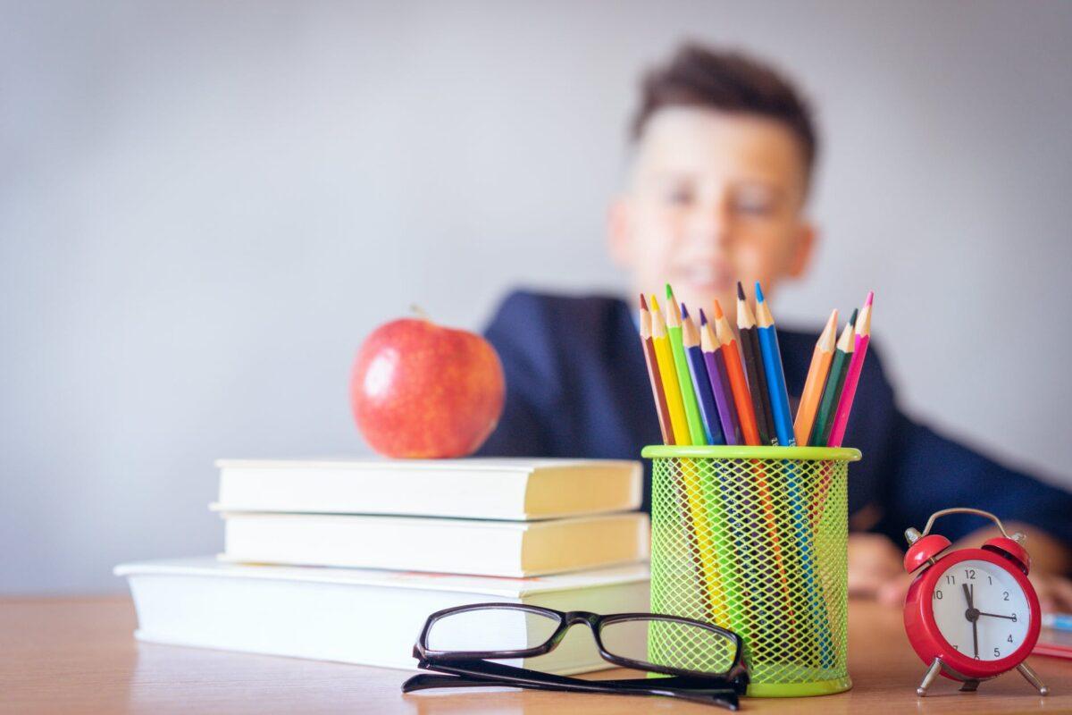 Curso lectivo arrancaría en setiembre