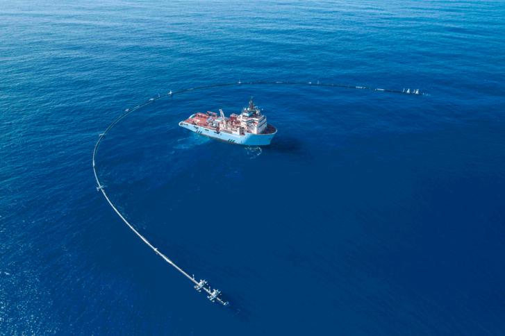 Ocean Cleanup quiere reducir 90% del plástico oceánico para 2040