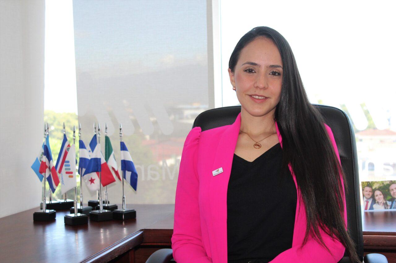 https://ekaenlinea.com/wp-content/uploads/2021/09/Natalia-Severiche_-Gerente-Pais-ManpowerGroup-Costa-Rica-1280x853.jpg