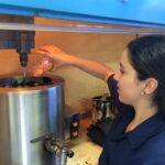 Estudiantes le apuesta al uso de desechos en la mezcla asfáltica